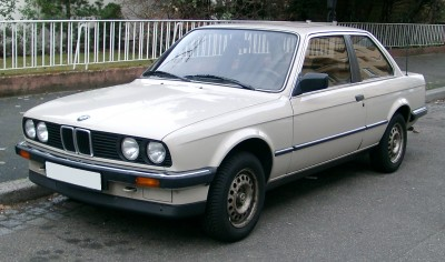 BMW Seria 3 E30